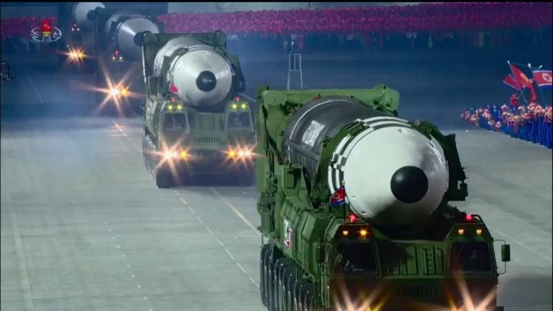 misil balístico masivo