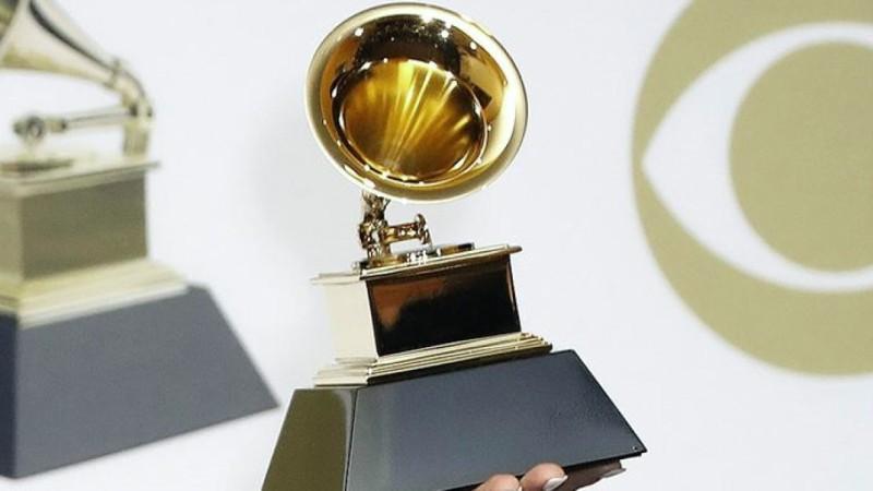 Premios Grammy aplazados